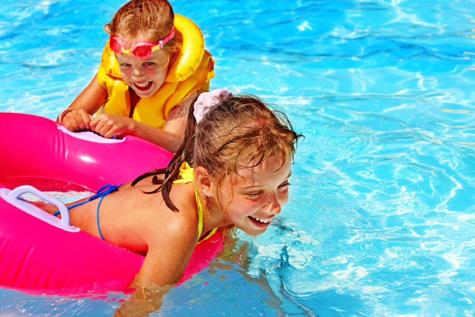 Aquaphobia: How to Help a Child Who Has a Fear of Water